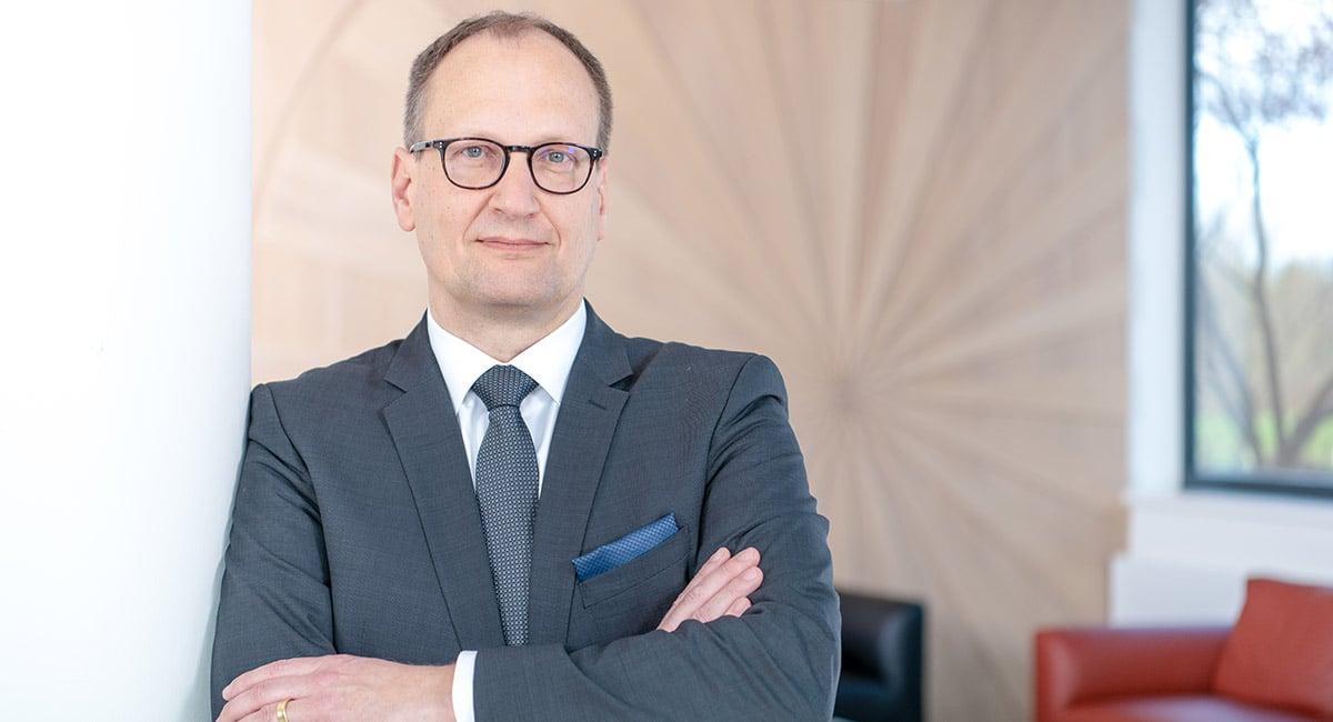 Dr. Stefan Krey